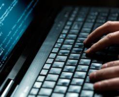 個人情報を狙う悪質な現金化業者の手口と対処法